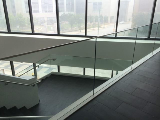 Glass Guard Rail